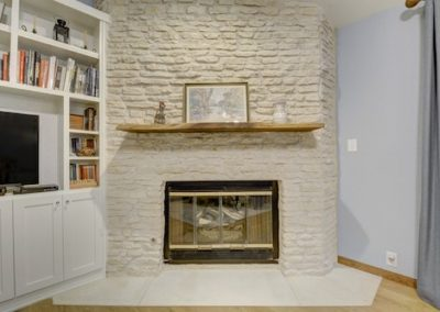 4a - fireplace and built ins after